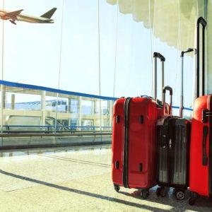 Bien choisir sa valise pour voyager en avion : format, durée du voyage…